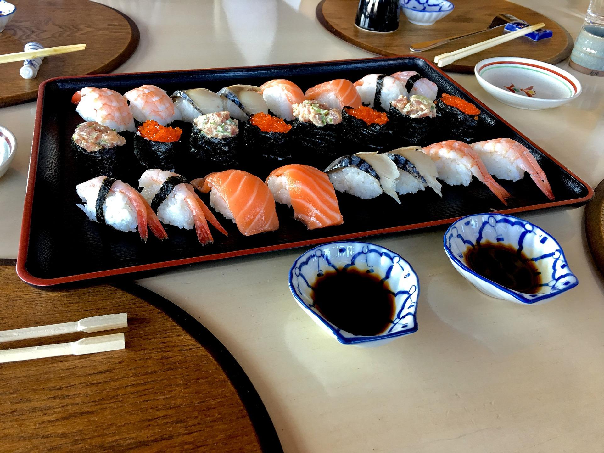 寿司屋でバイトしたら寿司が食べれる