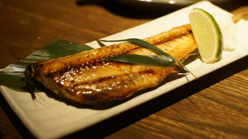 居酒屋の焼き魚