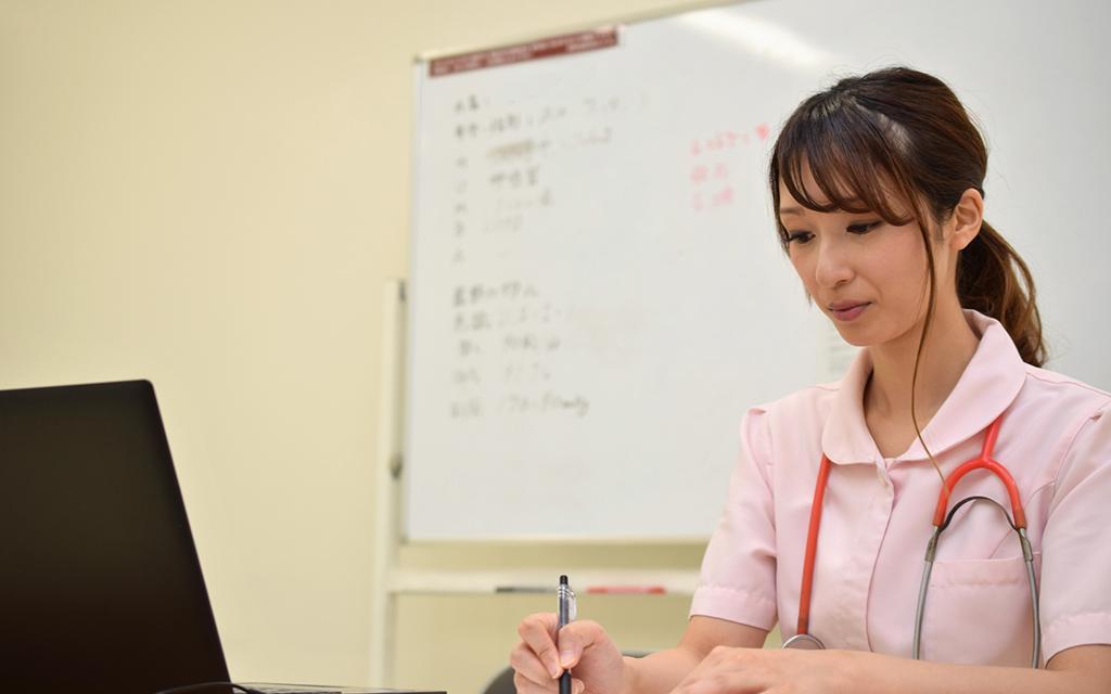 看護学生向けおすすめバイト5位 実習で有利になる看護助手(看護補助)