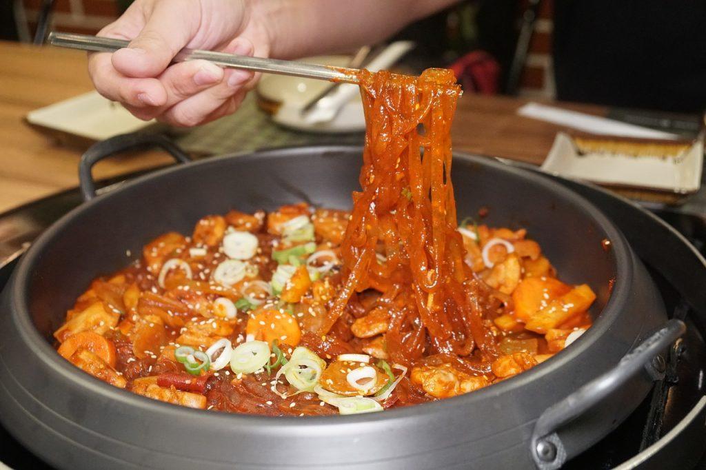 韓国好きが韓国料理店や韓国カフェ、韓流ショップでバイトをするメリット