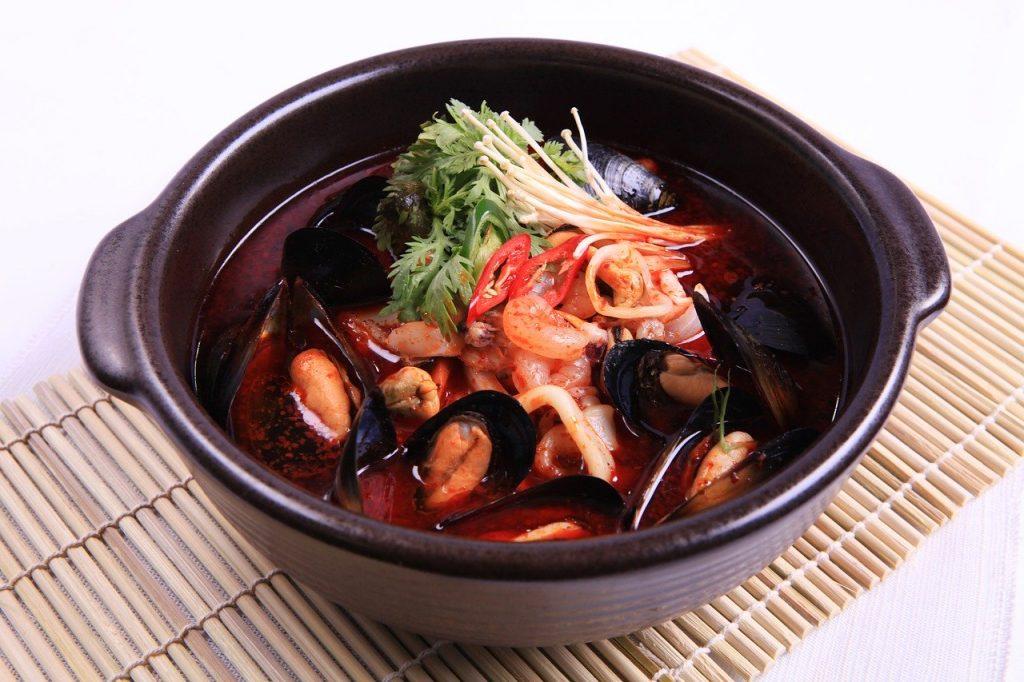 韓国好きな人におすすめなバイト1位 韓国語を覚えながらイケメン店員と一緒に働ける!韓国料理店のバイト