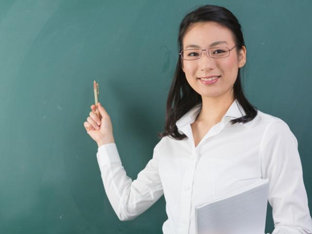 高学歴大学生におすすめするバイト第3位:コミュニケーション力が身に付く!塾講師のバイト