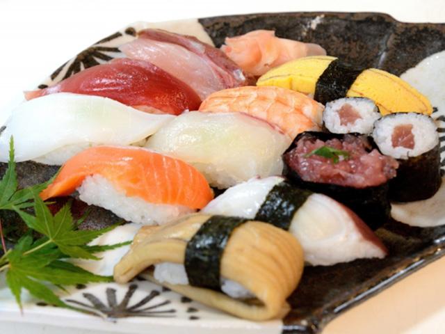 Uber Eats(ウーバーイーツ)より稼げるバイトおすすめ第1位 宅配寿司